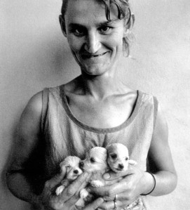 roger-ballen-puppies-poetry-people-possible-smile-hot-sexy-lady-woman-naked